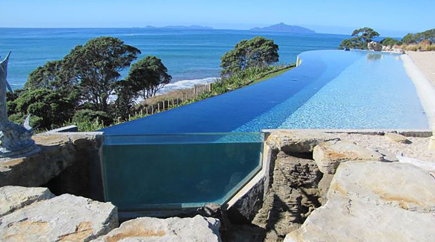 Pool Window by Classique Plastics NZ